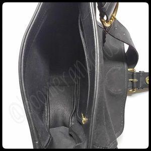 Coach Bags - Vintage Coach Black Bedford ShoulderSaddle Bag
